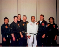 2001_gathering_group_with_prof_chun